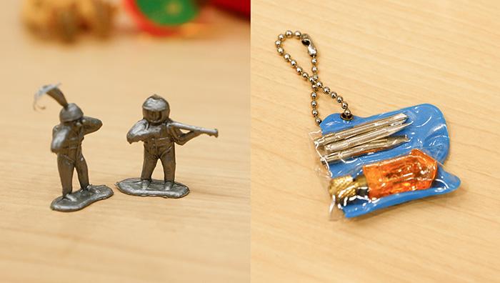 当時の貴重なカプセル玩具とその木型を持ってきてくれました。3